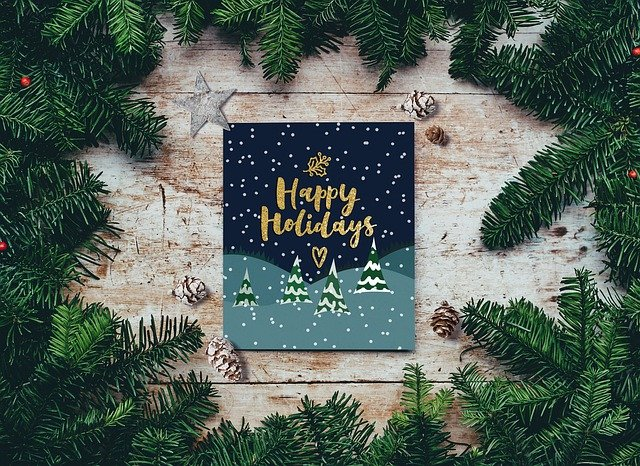 3 Tips to Creating a Happy Holiday Card