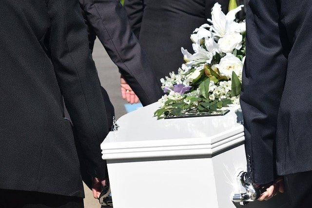 What You Need To Know About the Logistics of Wills and Funerals